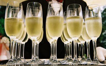 Come scegliere lo champagne: la guida alla degustazione perfetta