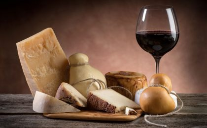 Abbinare vino e cibo: le regole base per non sbagliare