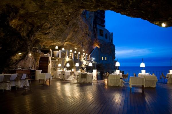 Grotta Palazzese, Polignano a Mare