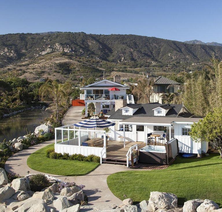 La splendida casa sulla spiaggia di Mila Kunis e Ashton Kutcher (1)