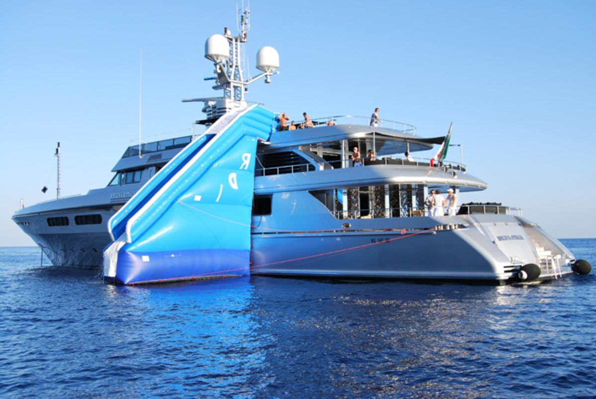 Lo yacht di Dolce & Gabbana