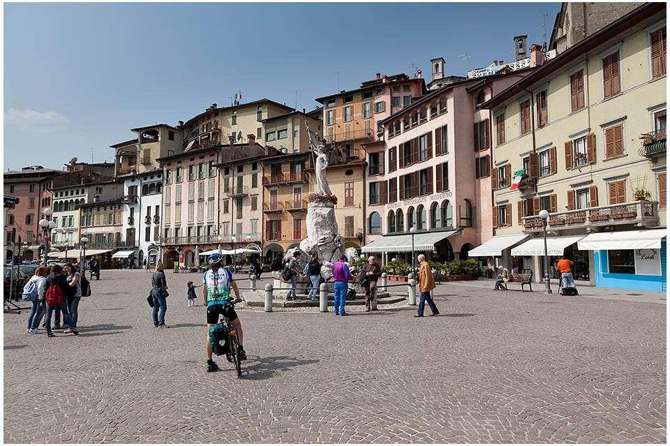Lovere in Lombardia