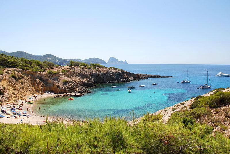 Spiaggia di Cala Codolar a Ibiza