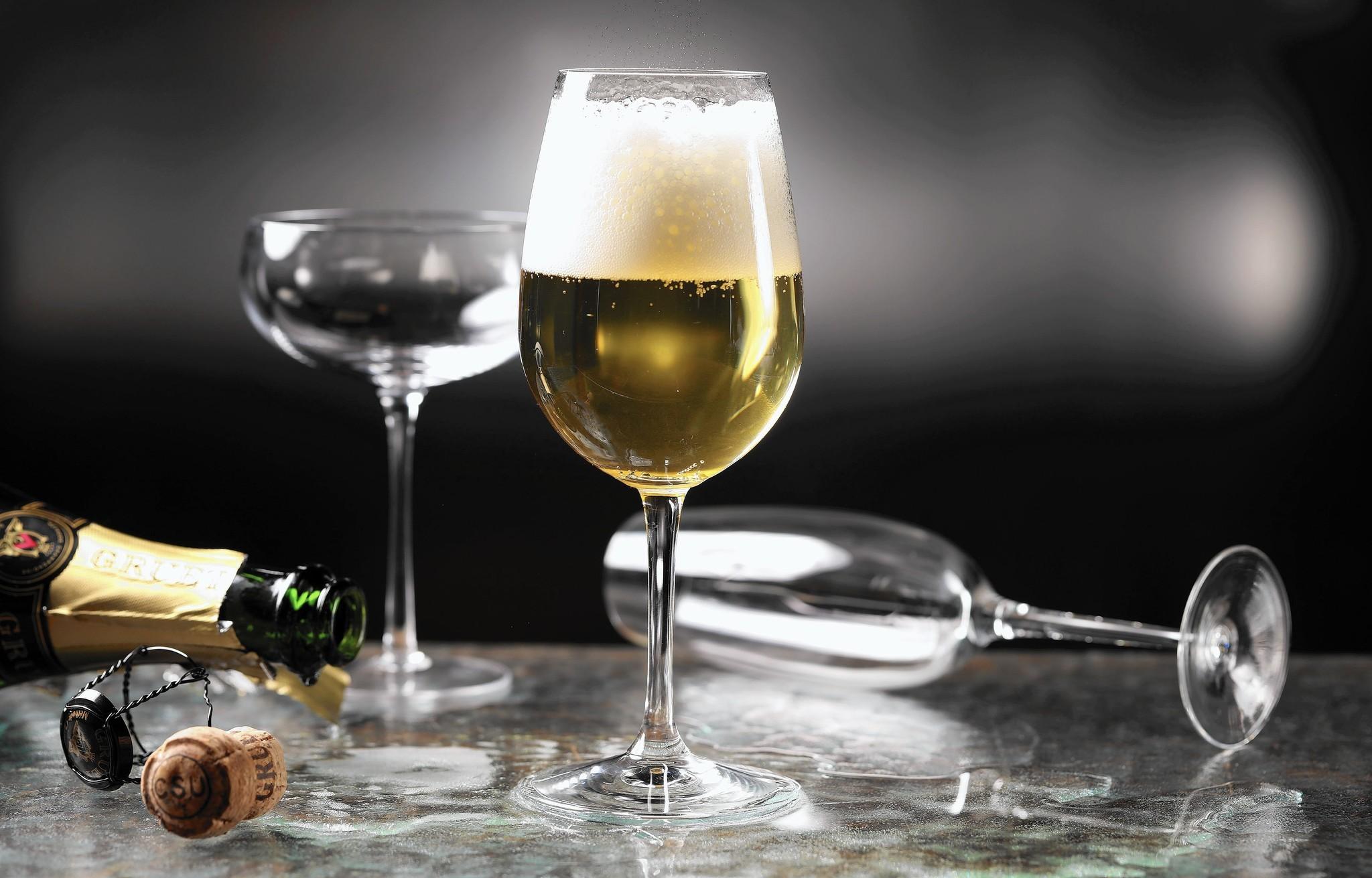 Tutte le tipologie di bicchieri da vino: dai Baloon ai Flute