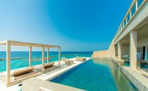 Gli hotel più esclusivi sul mare, le strutture extralusso da non perdere in Italia
