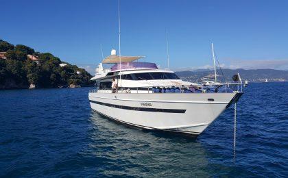10 barche di lusso da affittare per un'estate da star