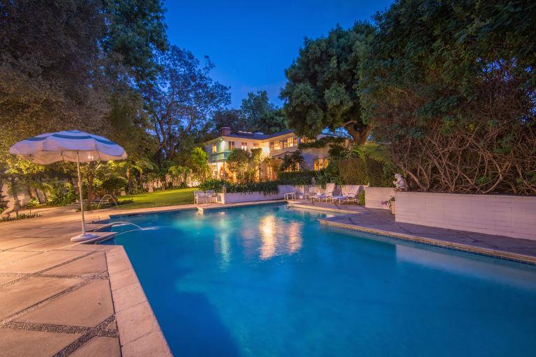 In vendita la casa di Audrey Hepburn a Los Angeles (2)