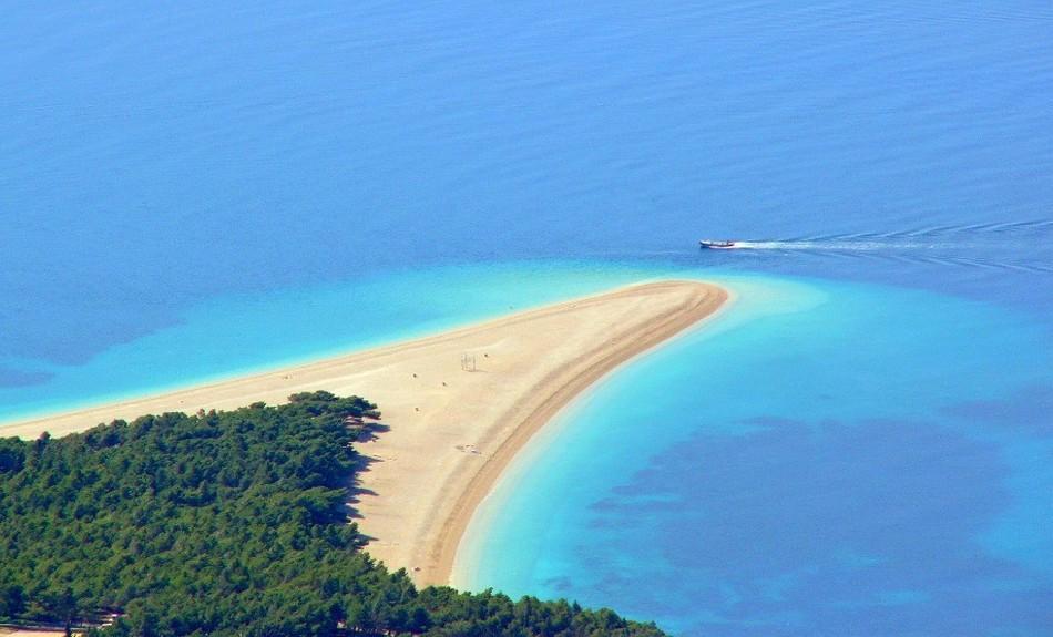 Spiaggia di Zlatni Rat, in Dalmazia spiagge più belle croazia