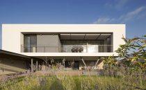 Un residence ultramoderno in Israele di fronte al mare di Galilea