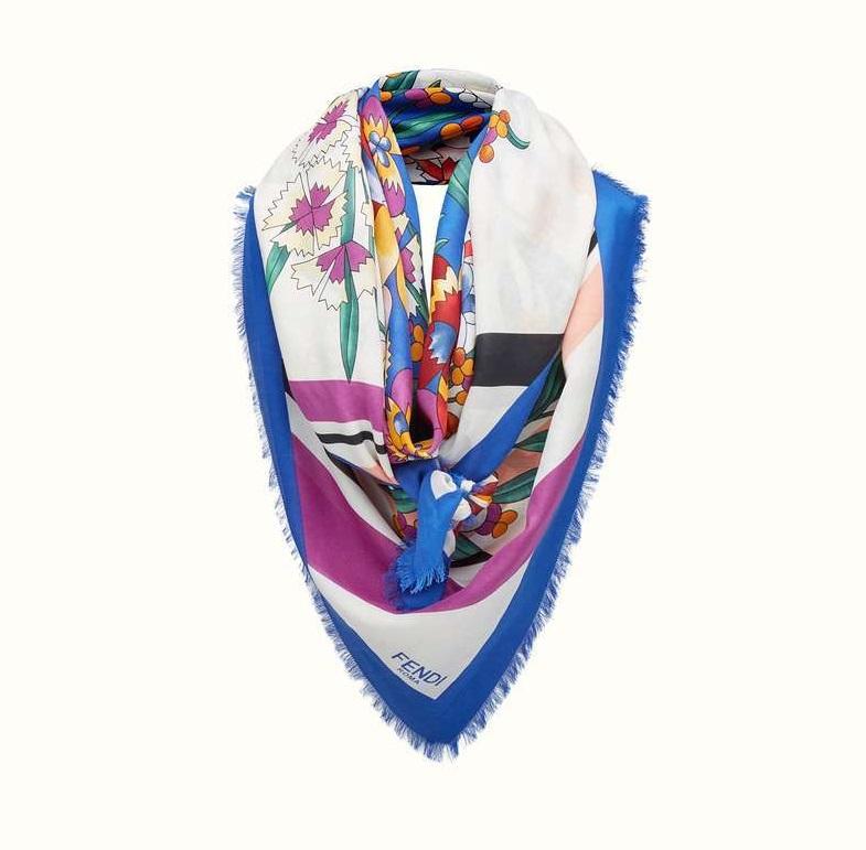 foulard fendi