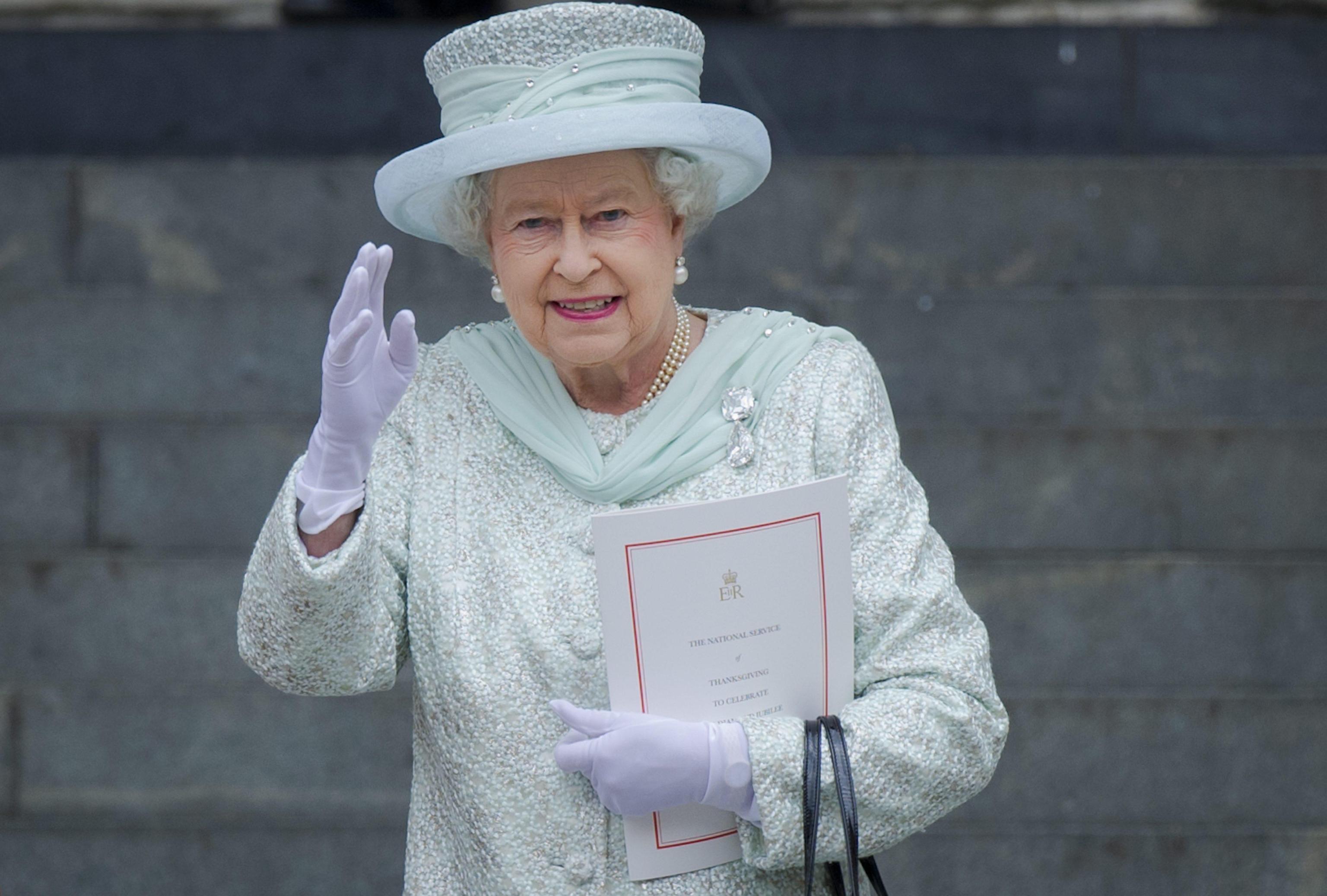 Elisabetta II creatrice del suo 'Queen style'