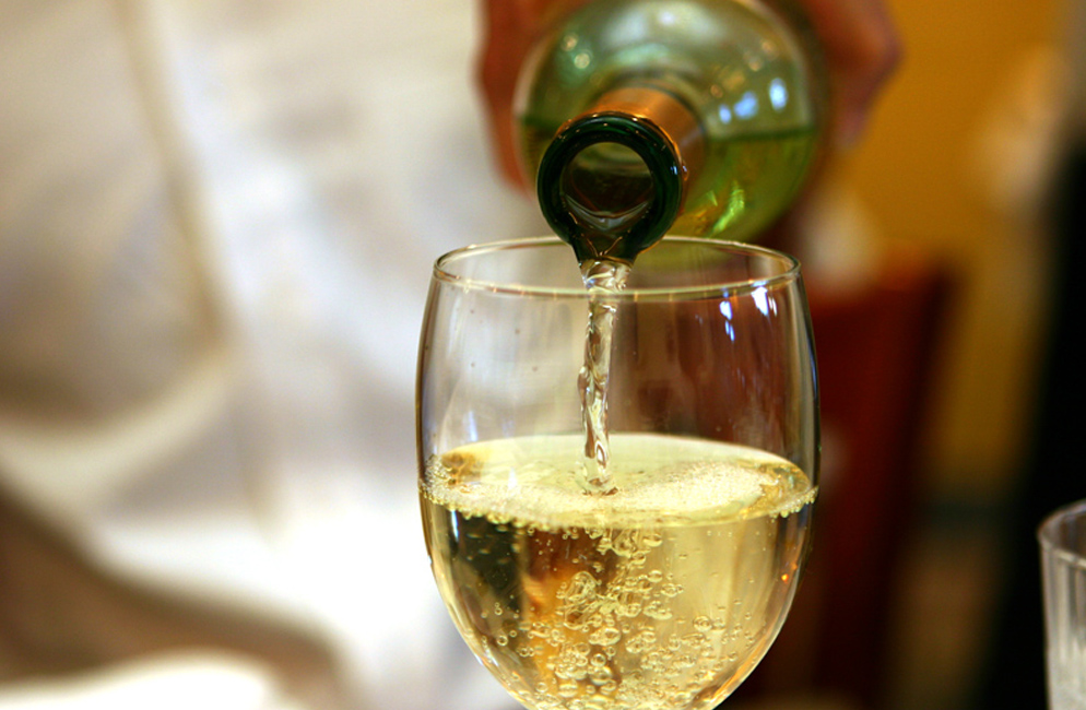 vini bianchi fruttati frizzanti