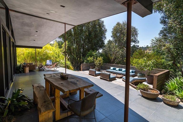 A Bel Air, in vendita la villa che fu di John Legend (12)