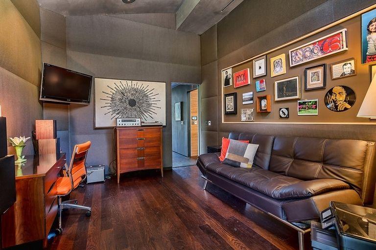 A Bel Air, in vendita la villa che fu di John Legend (9)