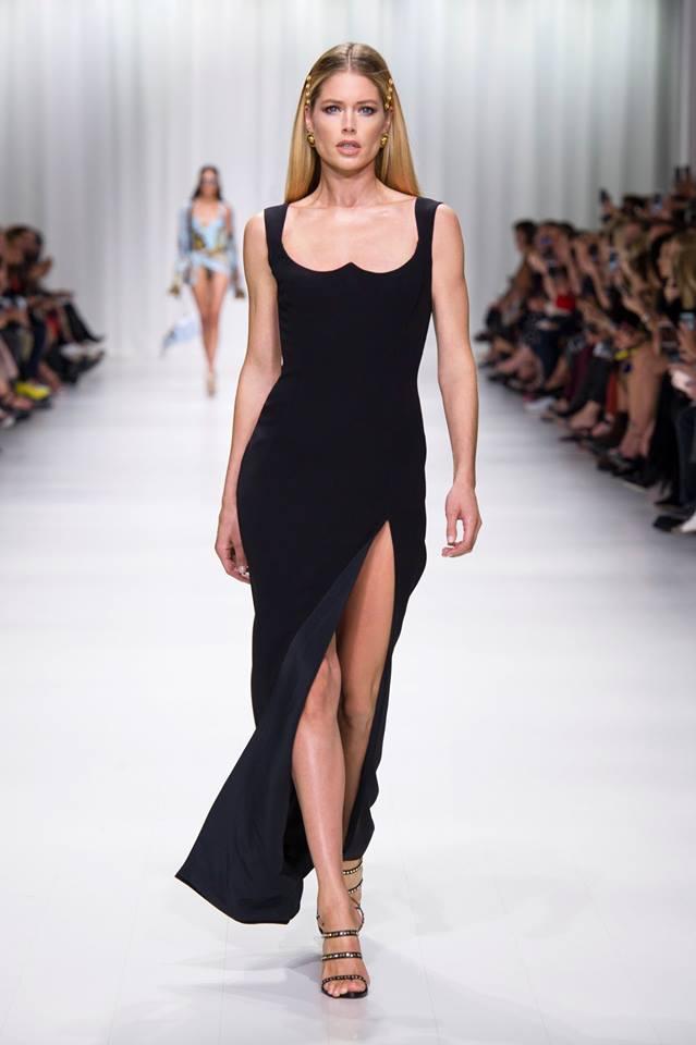Abito nero Versace