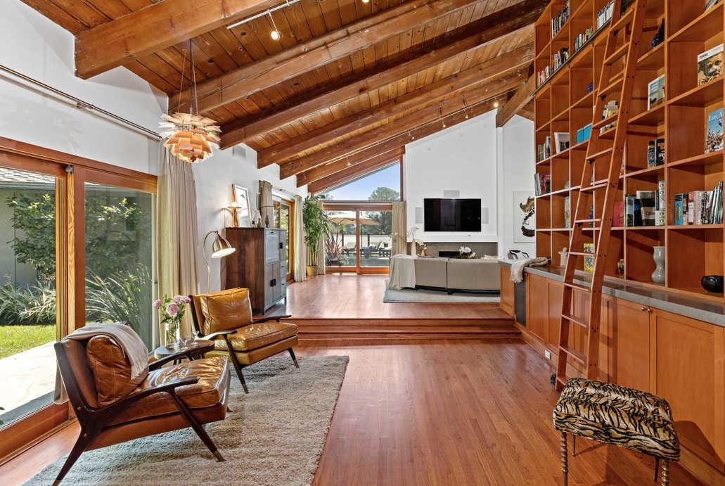L attore McBride affitta la sua casa sulle colline di Hollywood (3)