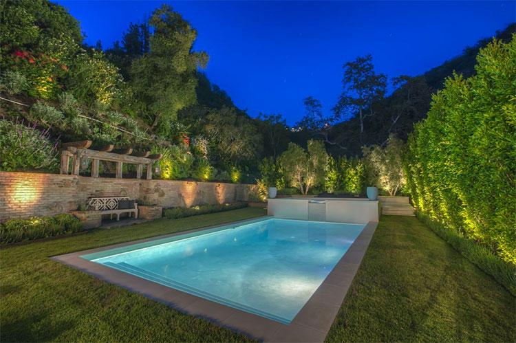 L'attrice Reese Witherspoon vende la sua casa di Bel Air (2)