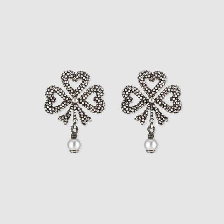 Orecchini in argento con perle Gucci
