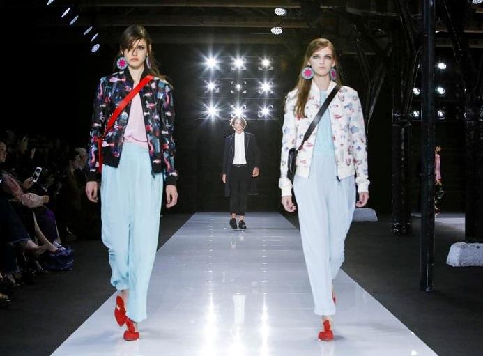 sfilata emporio armani london fashion week