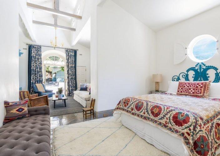 In vendita la villa di Katy Perry sulle colline di Hollywood (1)