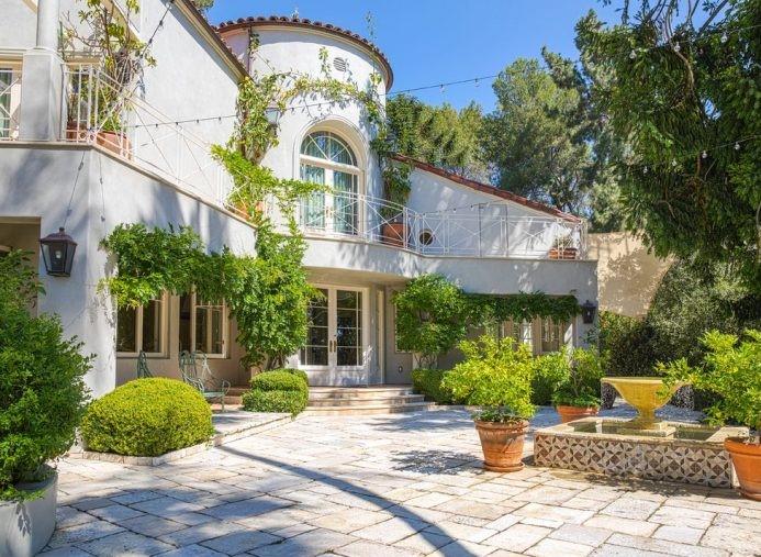 In vendita la villa di Katy Perry sulle colline di Hollywood