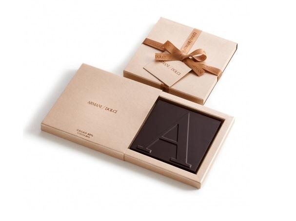 Tavolette di cioccolata Armani Dolci