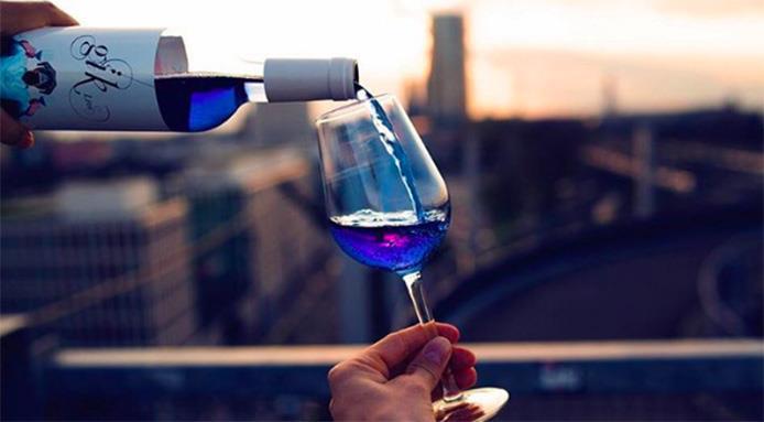 Vino blu: Gik, dalla Spagna il nuovo fenomeno vitivinicolo alla conquista dell'Europa
