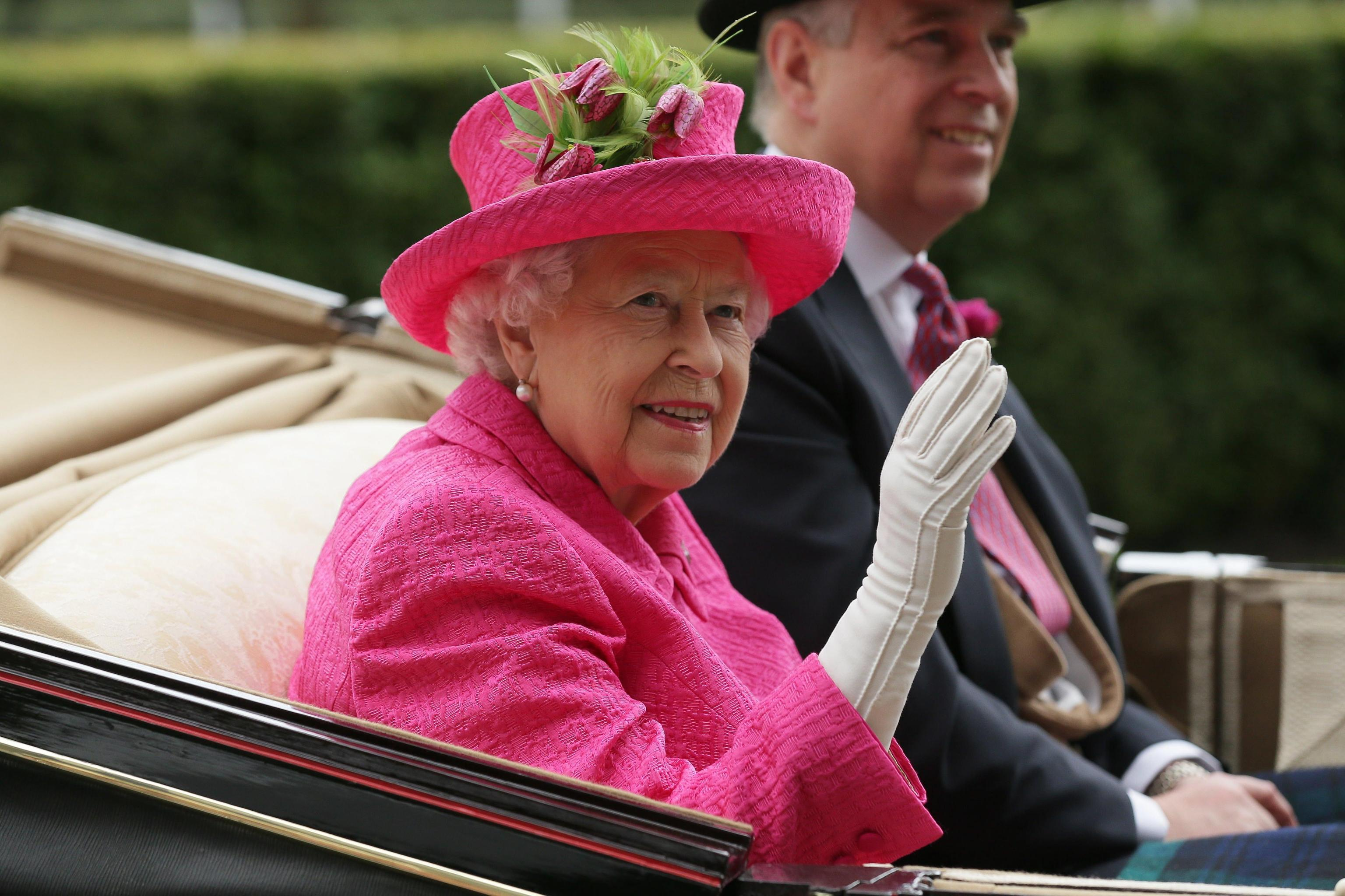 Carrozza Letto In Inglese : Il treno della famiglia reale inglese lusso e design d epoca su