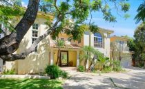 Alanis Morissette ha venduto la sua villa di Brentwood per € 4,5 milioni
