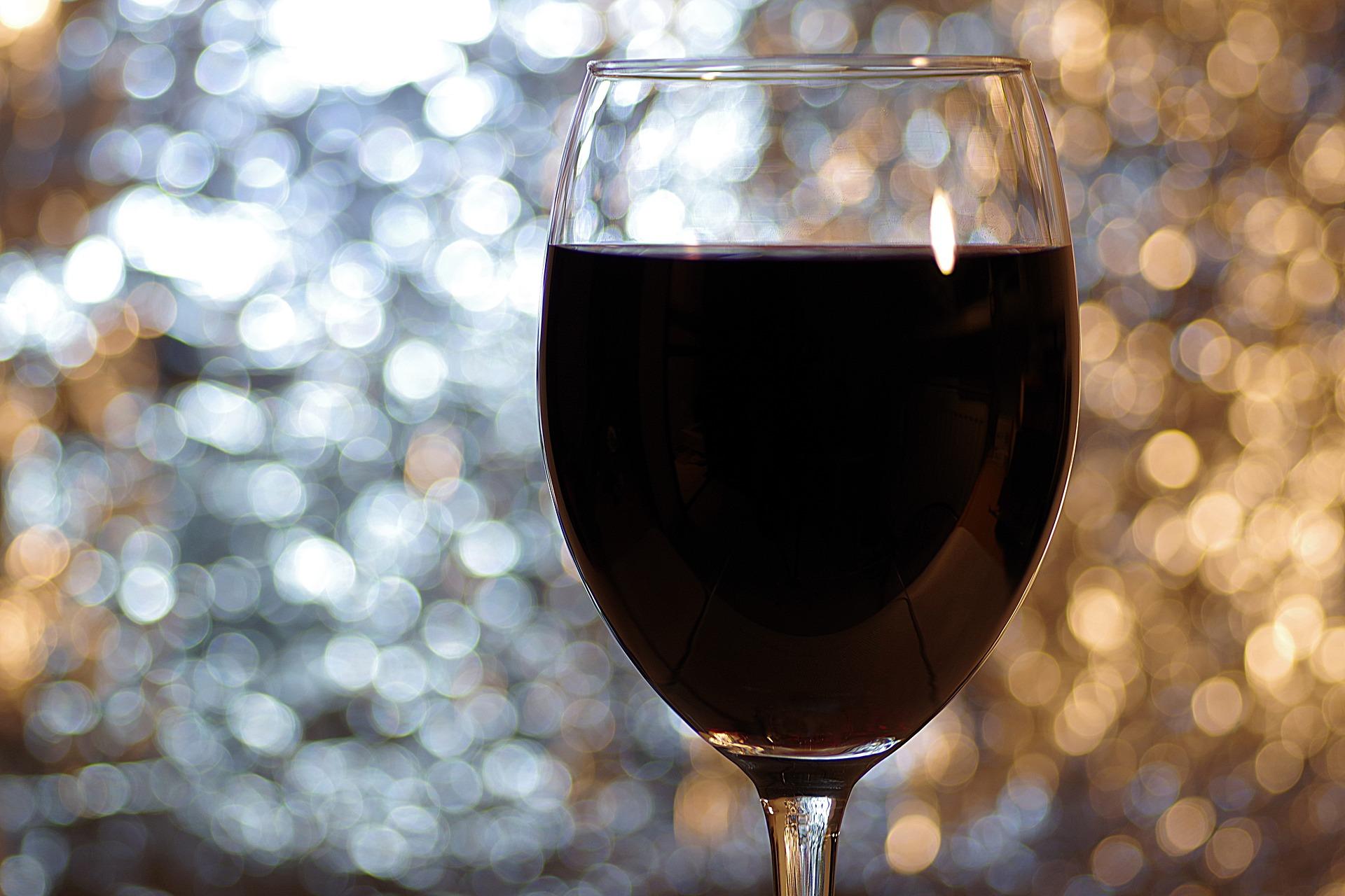 Come scegliere una bottiglia di vino conoscere il destinatario