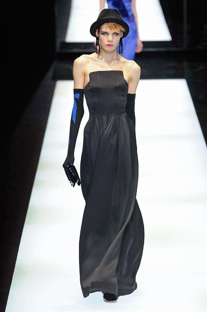 Vestito da sera nero Giorgio Armani