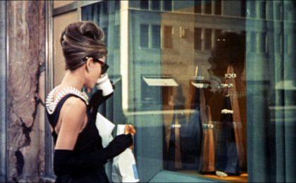 Sogni una colazione da Tiffany? Da oggi potrai farla nel primo bar del brand a New York