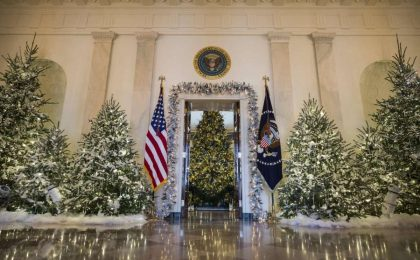 Gli addobbi natalizi della Casa Bianca, gli allestimenti più belli [FOTO]