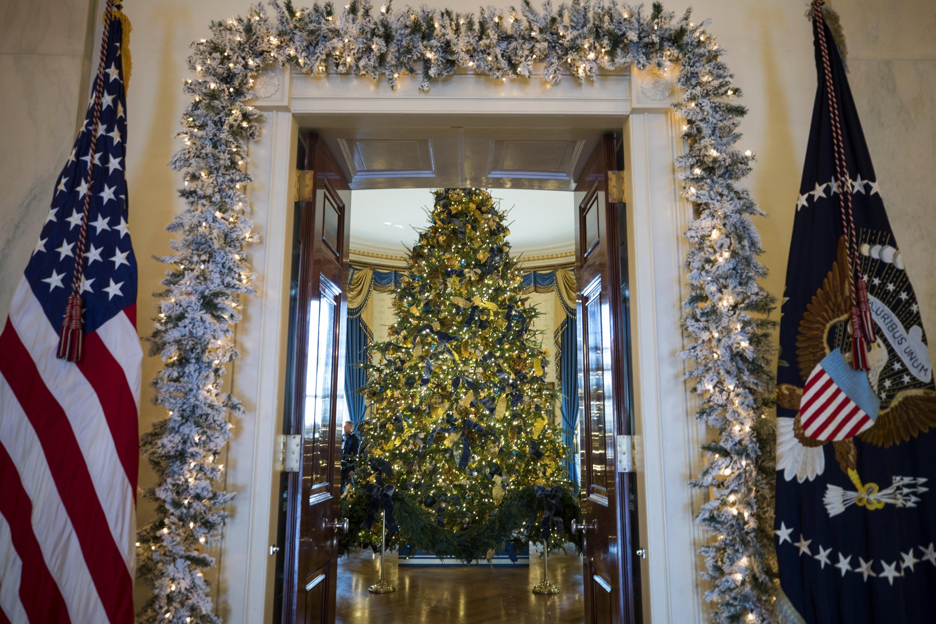 Holiday Decor at the White House