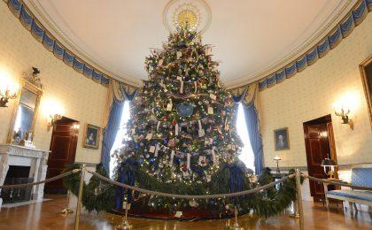 Tutti gli alberi di Natale visti alla Casa Bianca [FOTO]