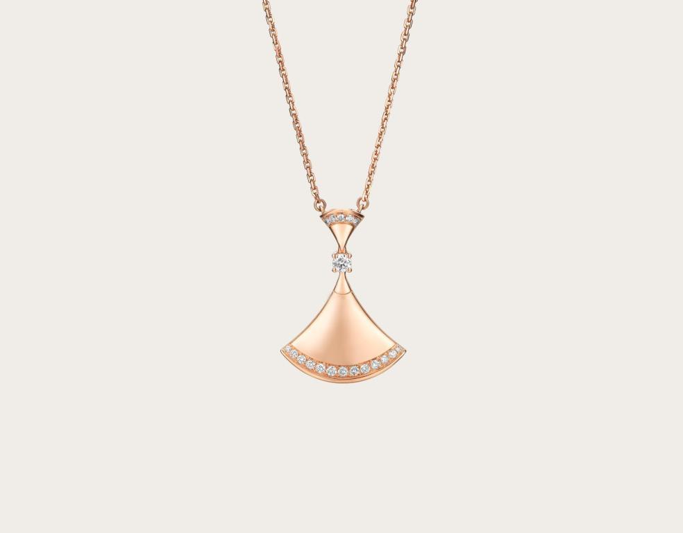 Collana Diva's Dream in oro rosa con diamanti gioielli Bulgari