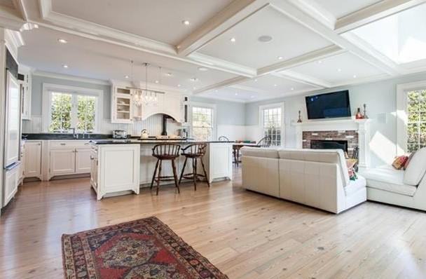 La nuova casa di Anne Hathaway (2)