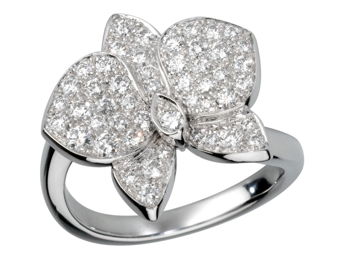 Anello Cartier in oro bianco con diamanti 2018