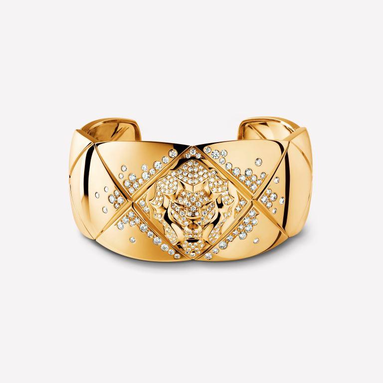 Bracciale rigido in oro con diamanti Chanel
