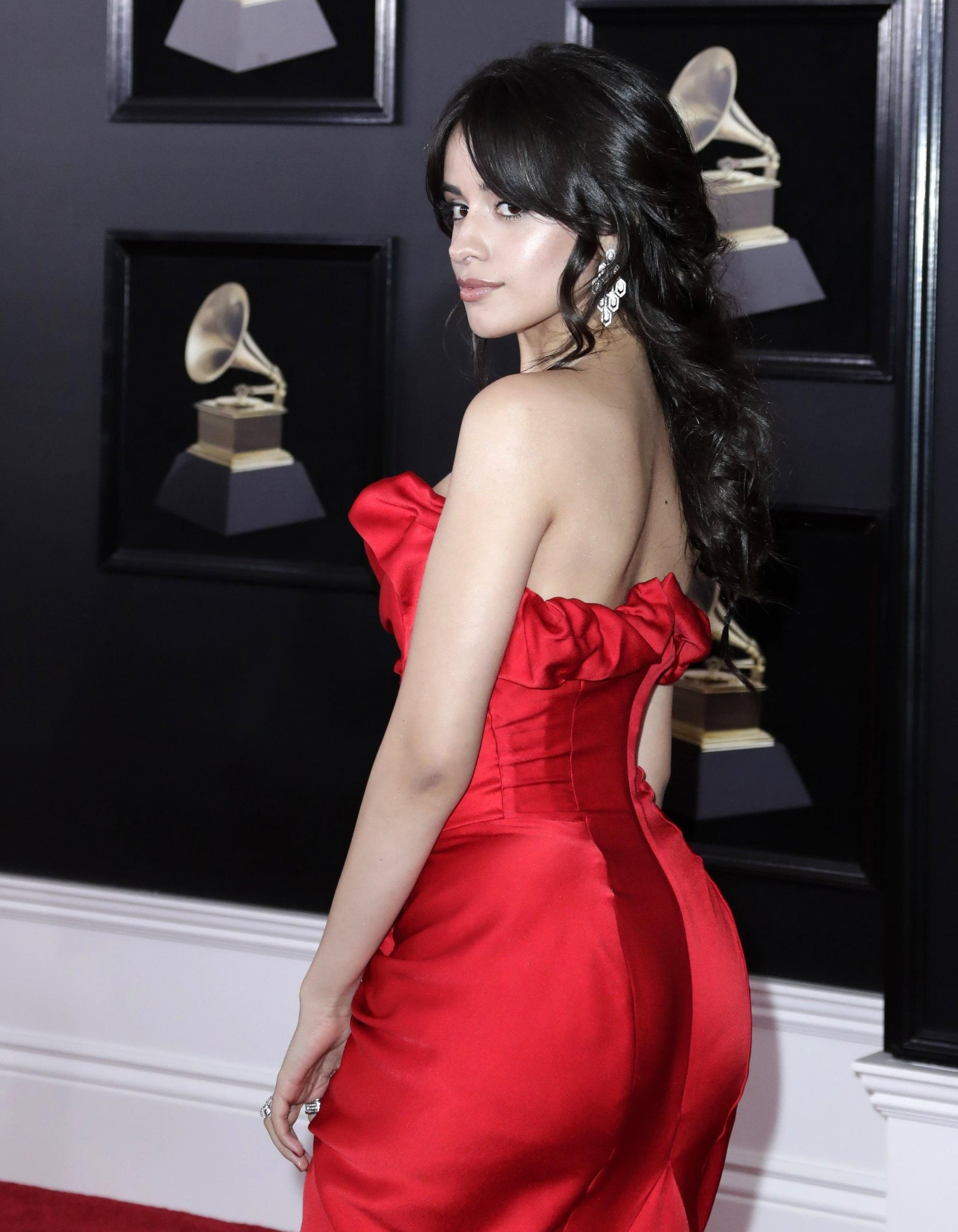 Camila Cabello con gioiello Bulgari Grammy Awards 2018