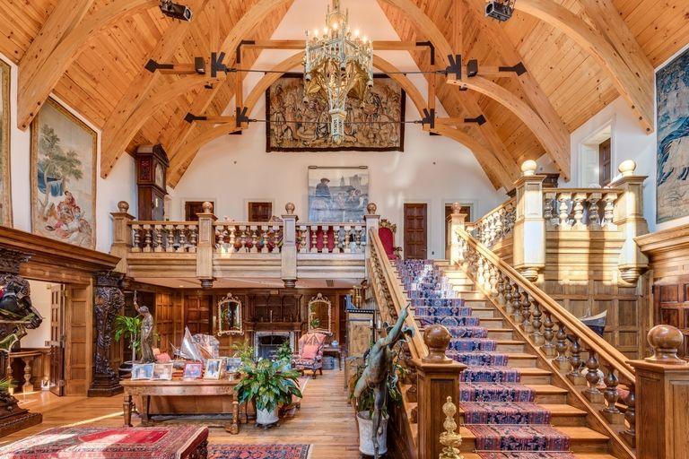 Jolie e Pitt vendono casa a Long Island (1)