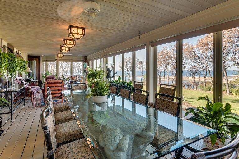 Jolie e Pitt vendono casa a Long Island (4)