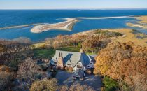 I Jolie-Pitt mettono in vendita il loro villaggio di Long Island