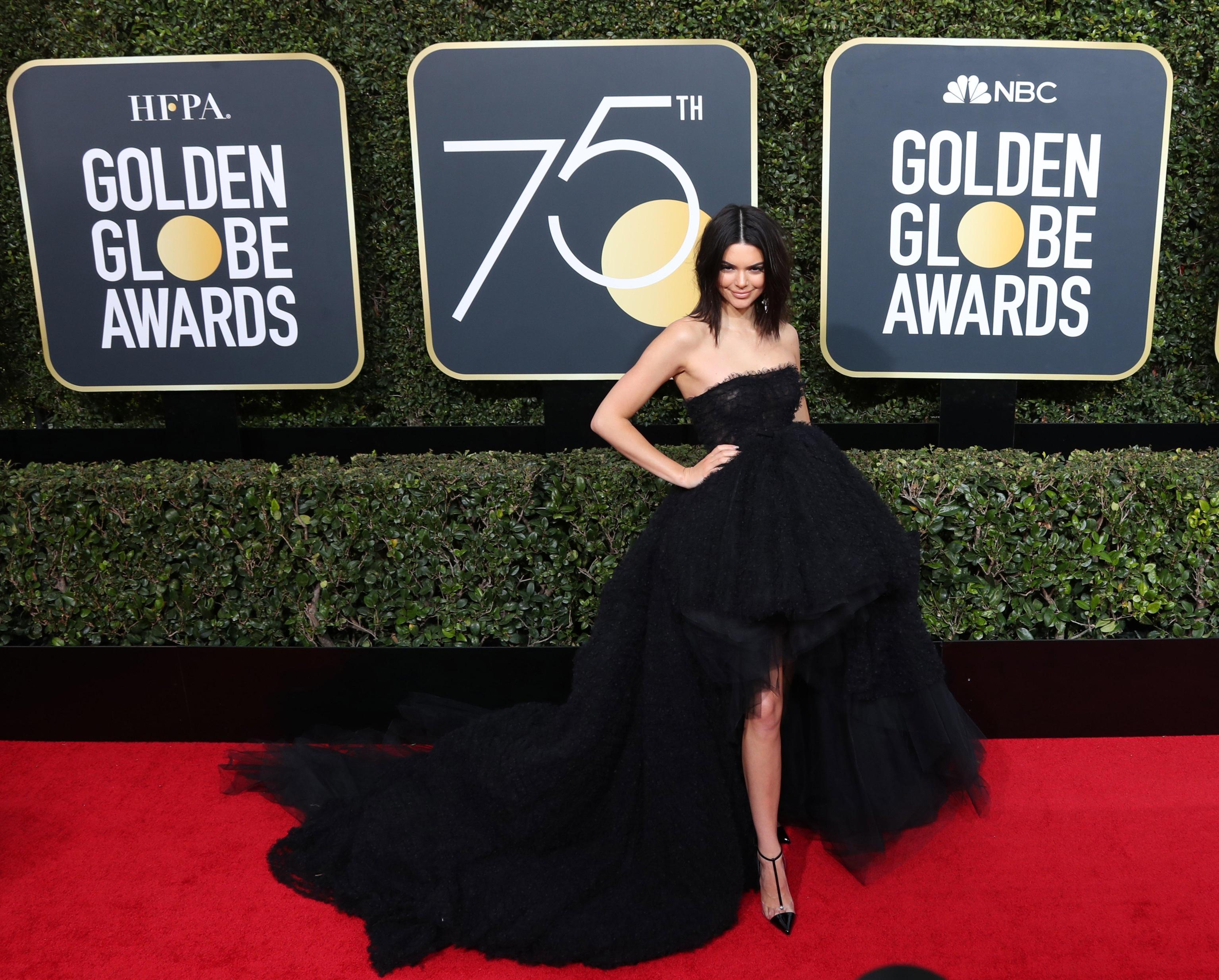Kendall Jenner in Giambattista Valli ai Golden Globe 2018
