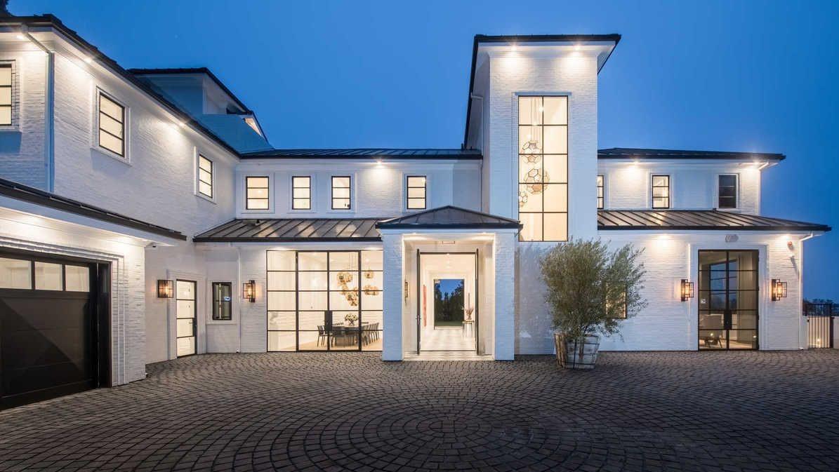 La nuova abitazione di Los Angeles per la star del basket James LeBron