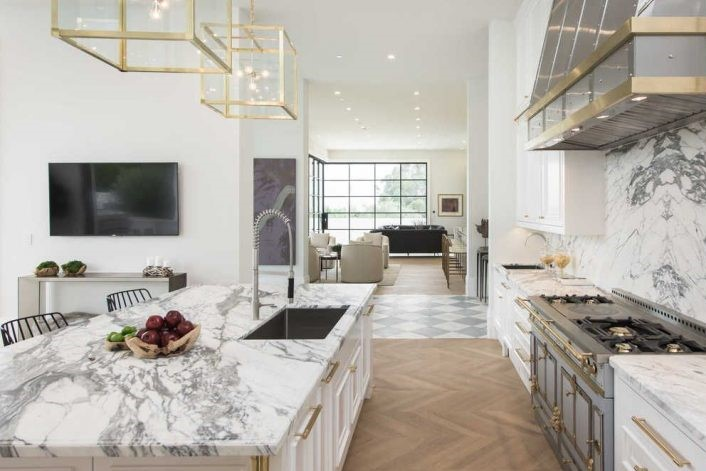 La nuova abitazione di Los Angeles per la star del basket James LeBron (2)