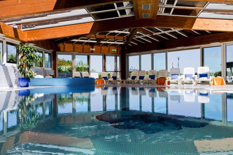 La piscina del Palace Hotel San Marino
