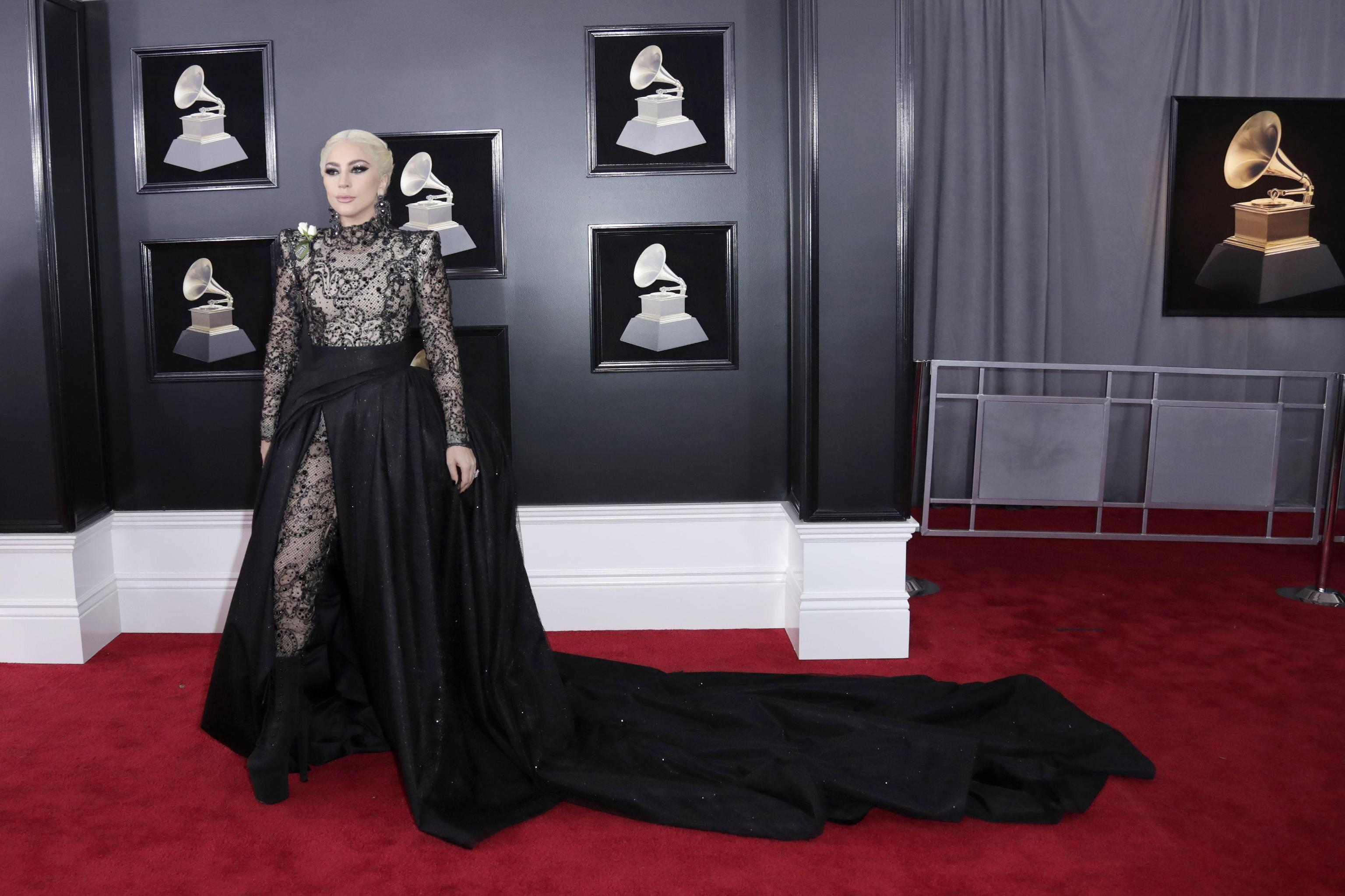 Lady Gaga in Armani Privè ai Grammy Awards 2018