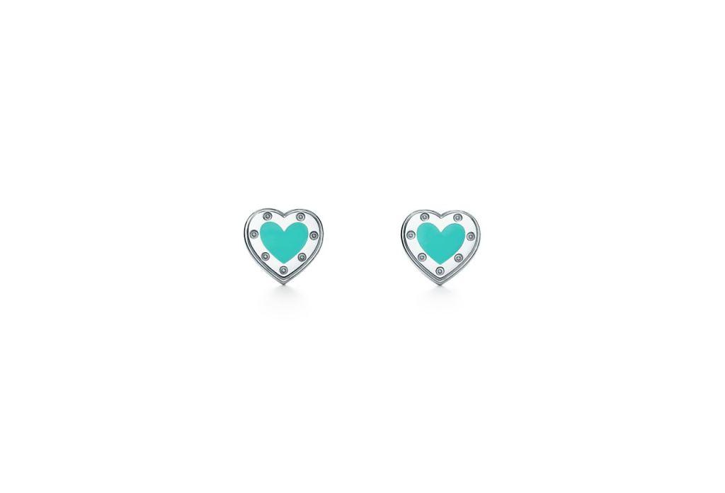 Orecchini a forma di cuore in argento Tiffany 2018