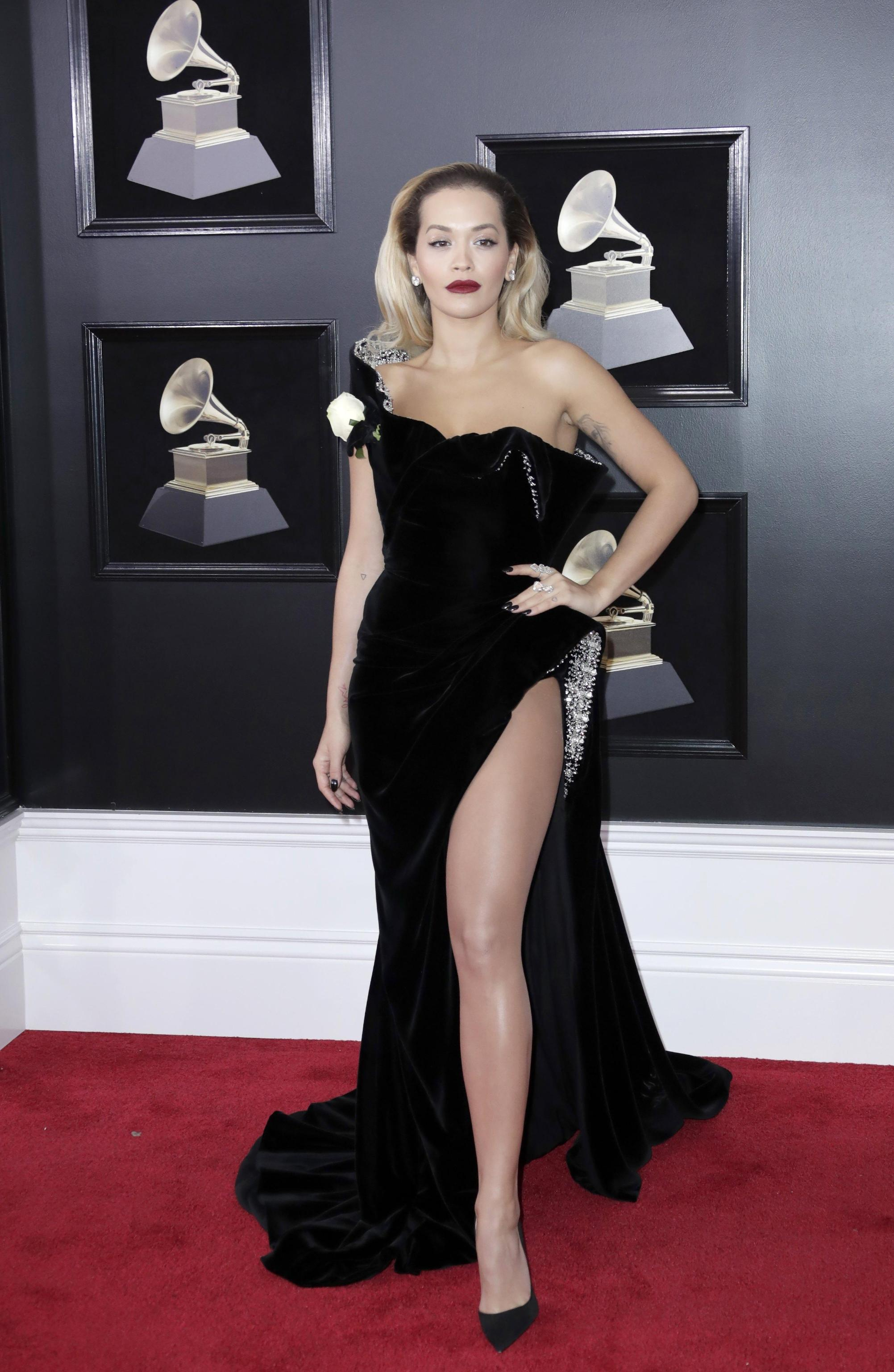 Rita Ora veste Ralph and Russo ai Grammy Awards 2018